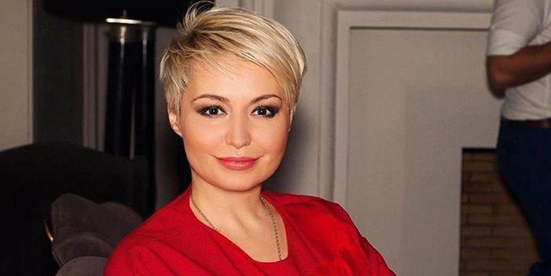 Популярна в РФ співачка зізналася в незвичайному дарі