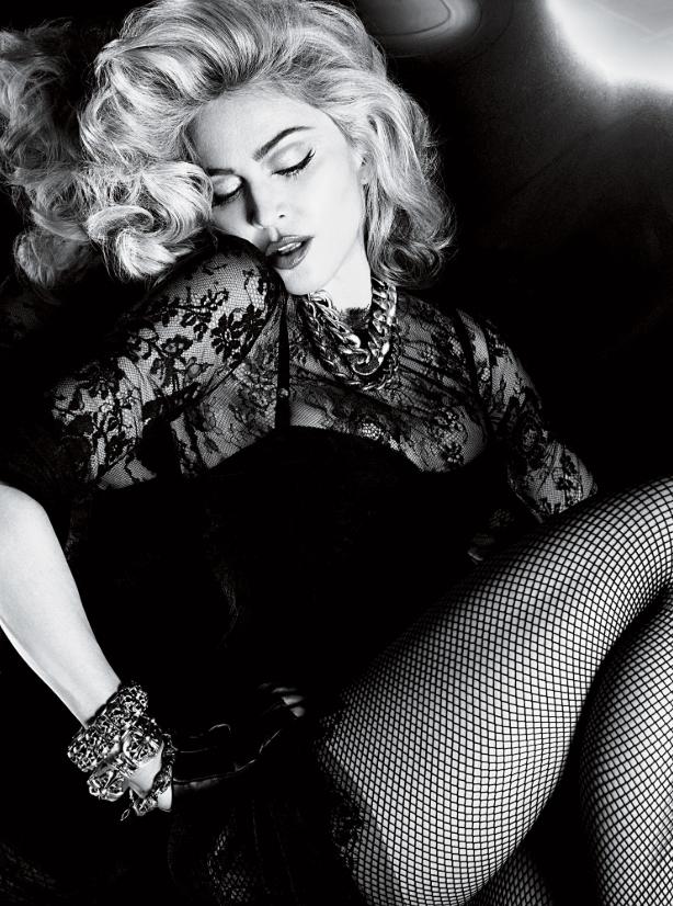 Мадонне — 61: самые откровенные фото легендарной певицы