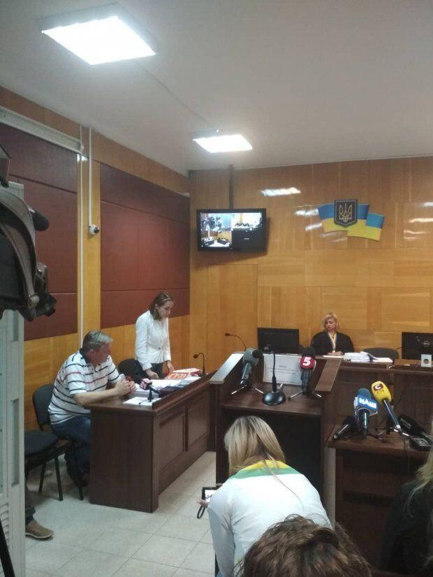 Заседание Деснянского районного суда Чернигова