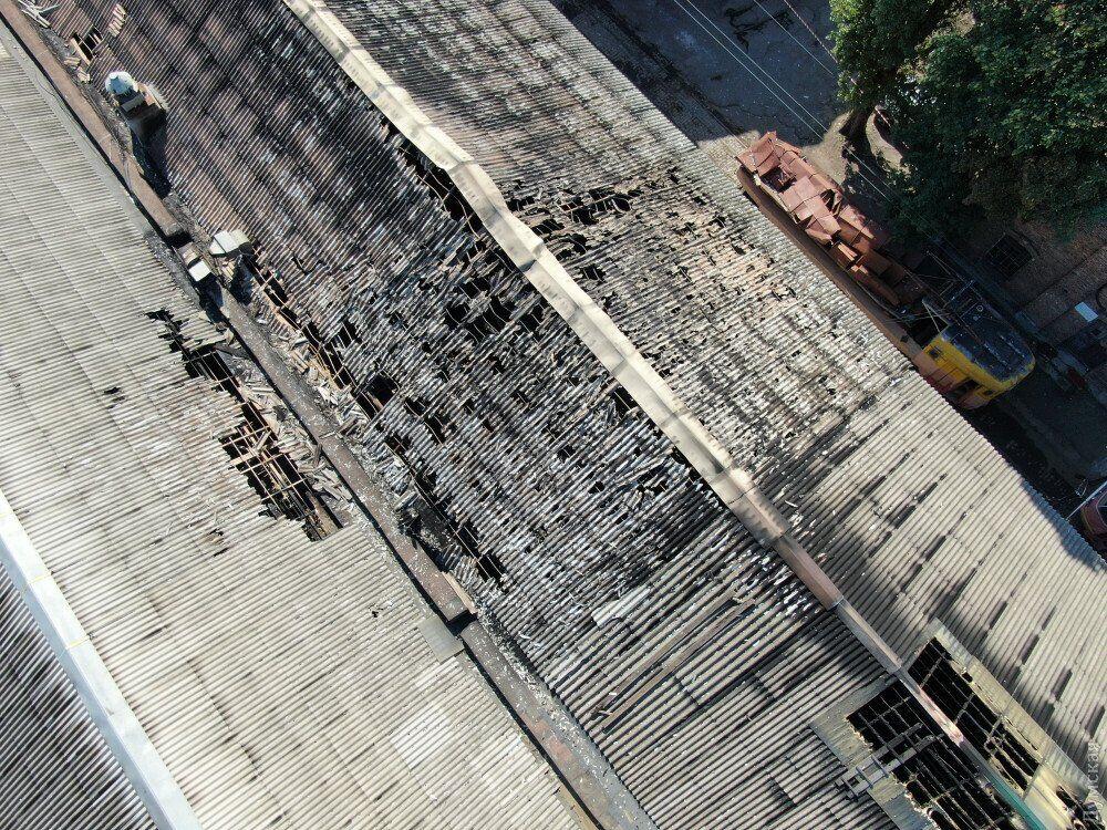 Готель в Одесі зняли з дрона після пожежі