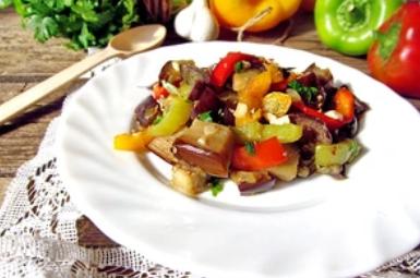 Рецепт смачного салату з баклажанами