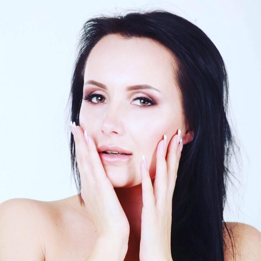 У Юлии Зайковой есть маленькая дочь от первого брака