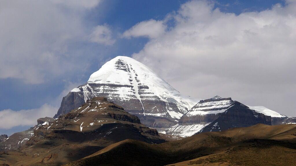 Гора Кайлас в Тибеті