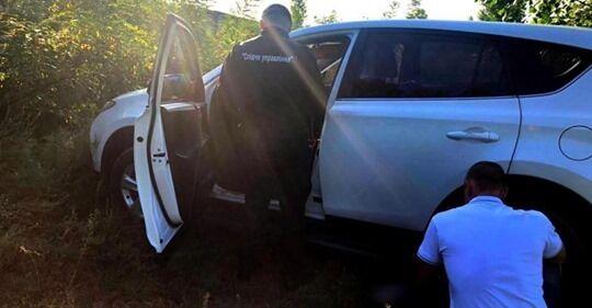 Полиция нашла автомобиль, на котором выехали женщины