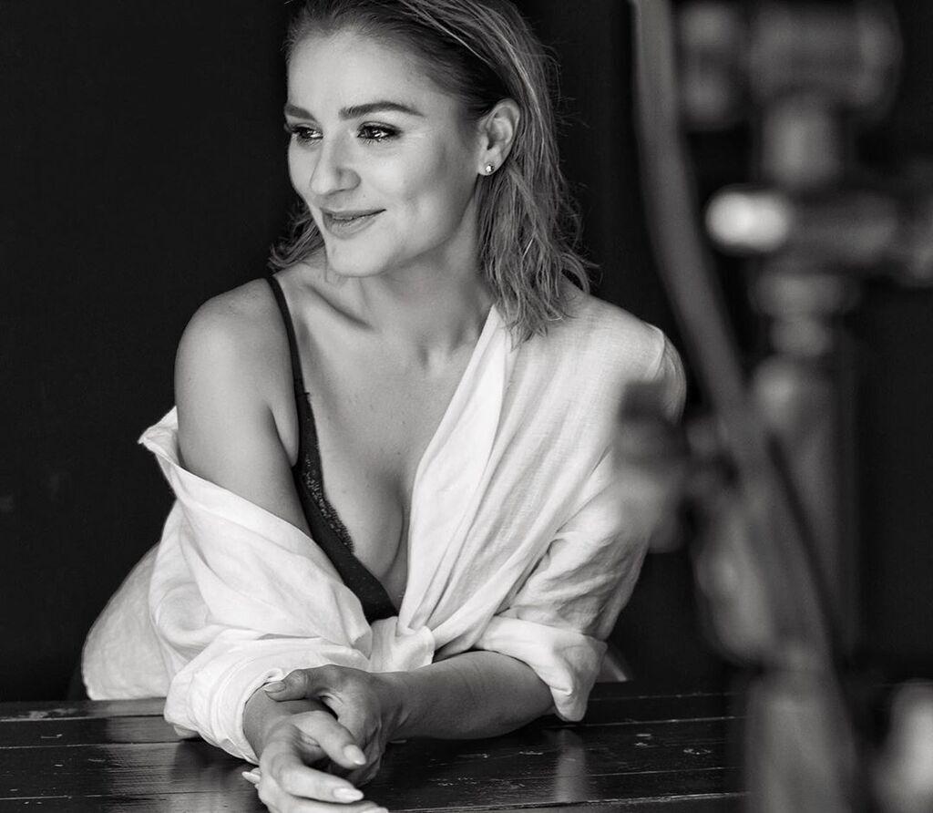Марта Адамчук блиснула грудьми