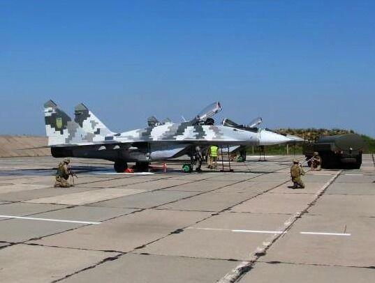 Навчання пройшли на аеродромі в Донецькій області