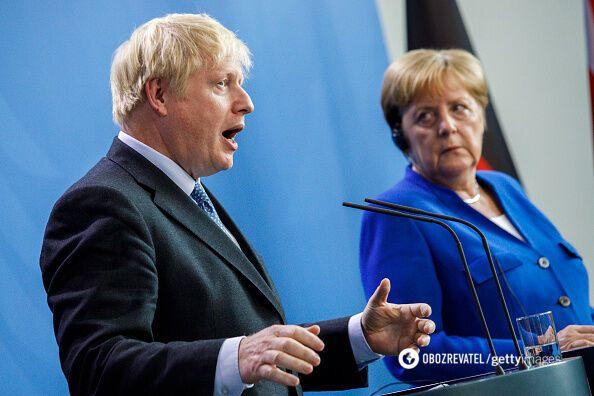 Джонсон і Меркель обговорили повернення Росії в G8