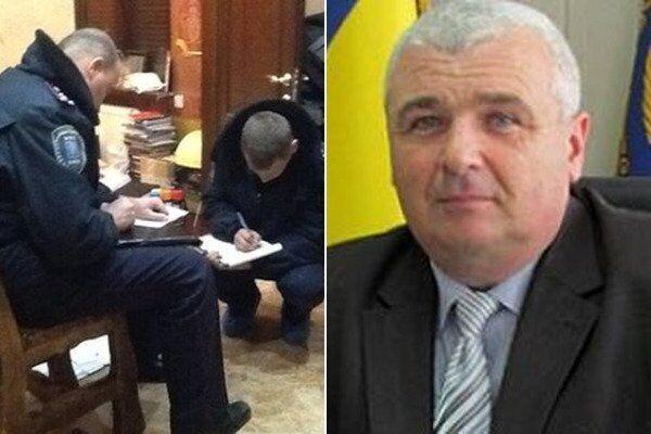 У селищній раді Кирилівки, а також вдома у голови селищної ради Івана Малєєва ще в грудні 2016 були проведені обшуки