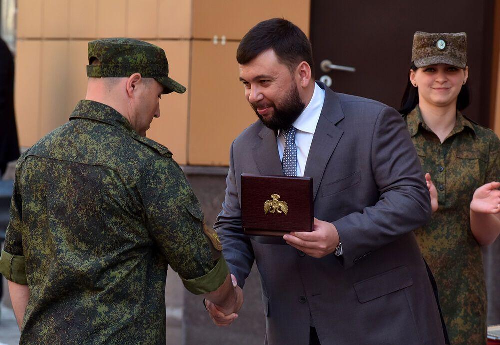 У Пушиліна на врученні нагород найманцям помітили армію охорони