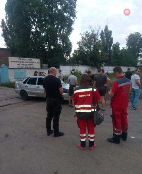 """После избиения """"титушками"""" журналиста и одного из активистов были госпитализированы"""
