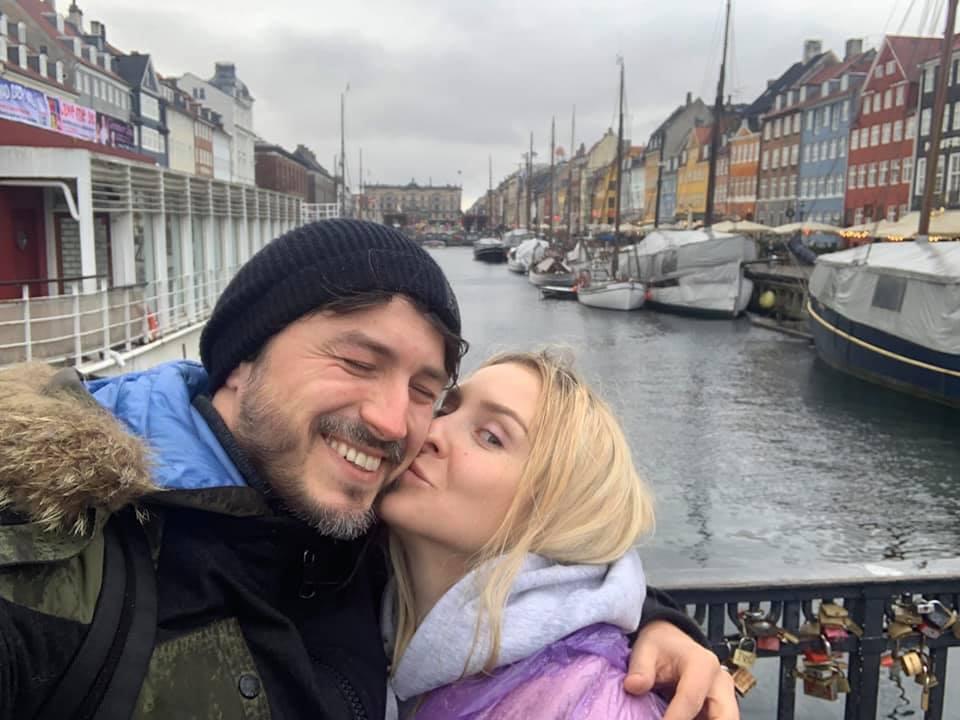 Притула с женой