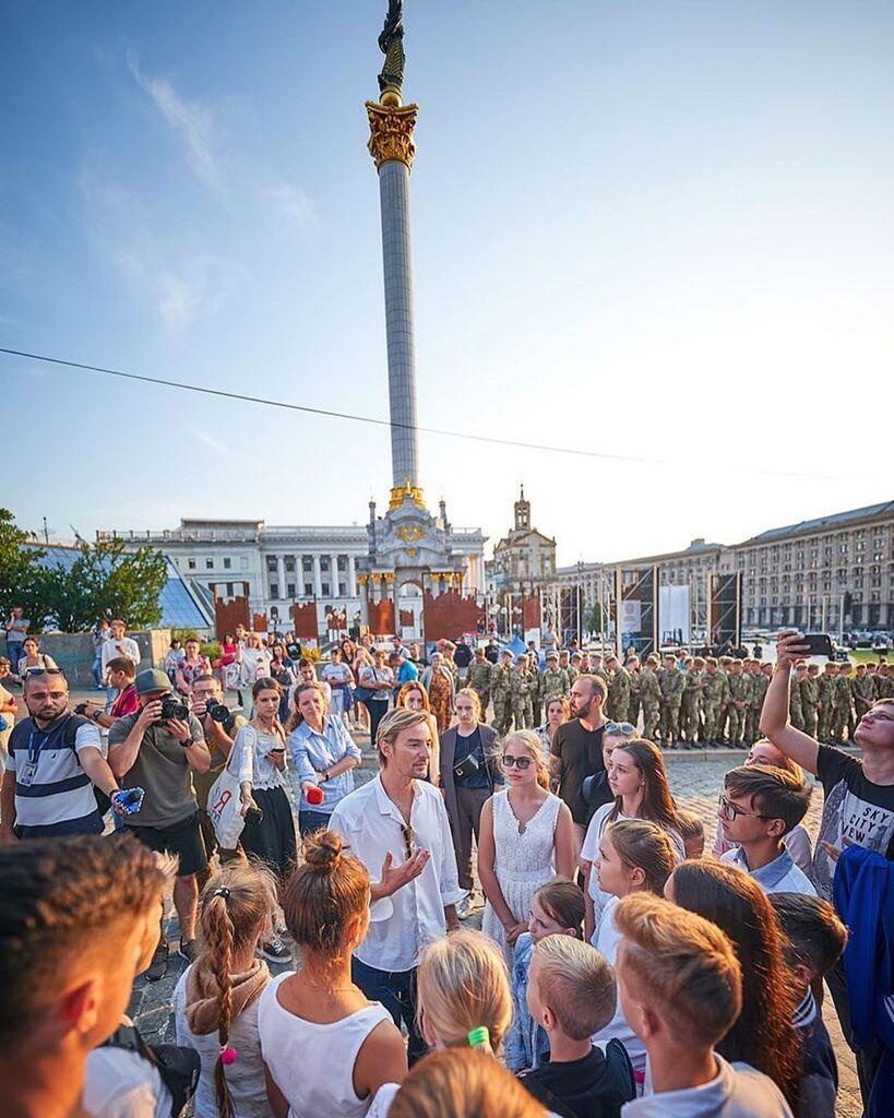 """""""Купить военных?"""" Ветеран АТО высказался о парадах на День Независимости"""