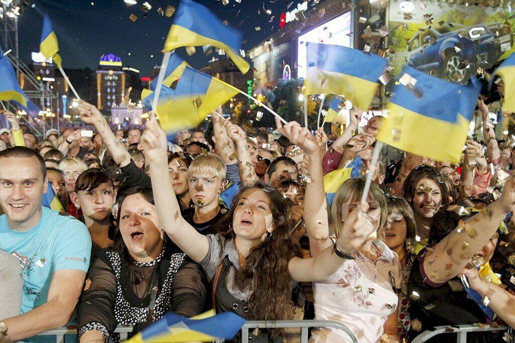 """""""Как заставить включить мозги?"""" Украинцам напомнили печальную историю Независимости"""