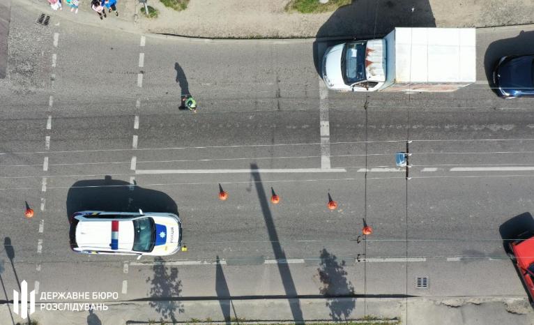 У Львові поліцейський збив жінок