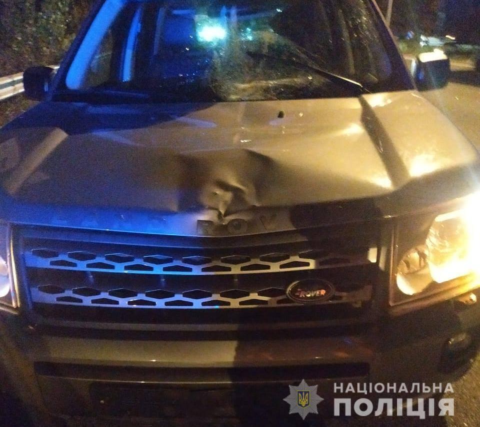 Автомобіль збив пішохода на зебрі