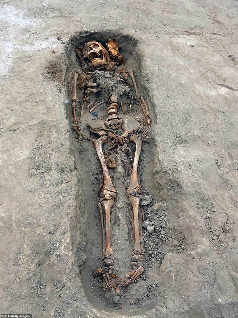 Захоронение детей в Перу