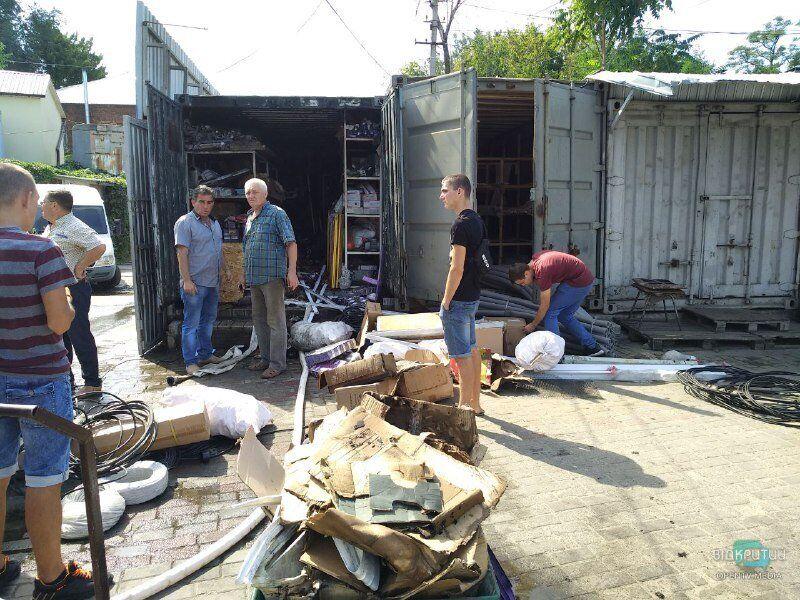 В Днепре горел Курчатовский рынок