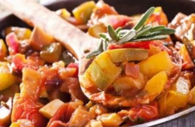 Рецепт дивовижної вегетаріанської страви з кабачками