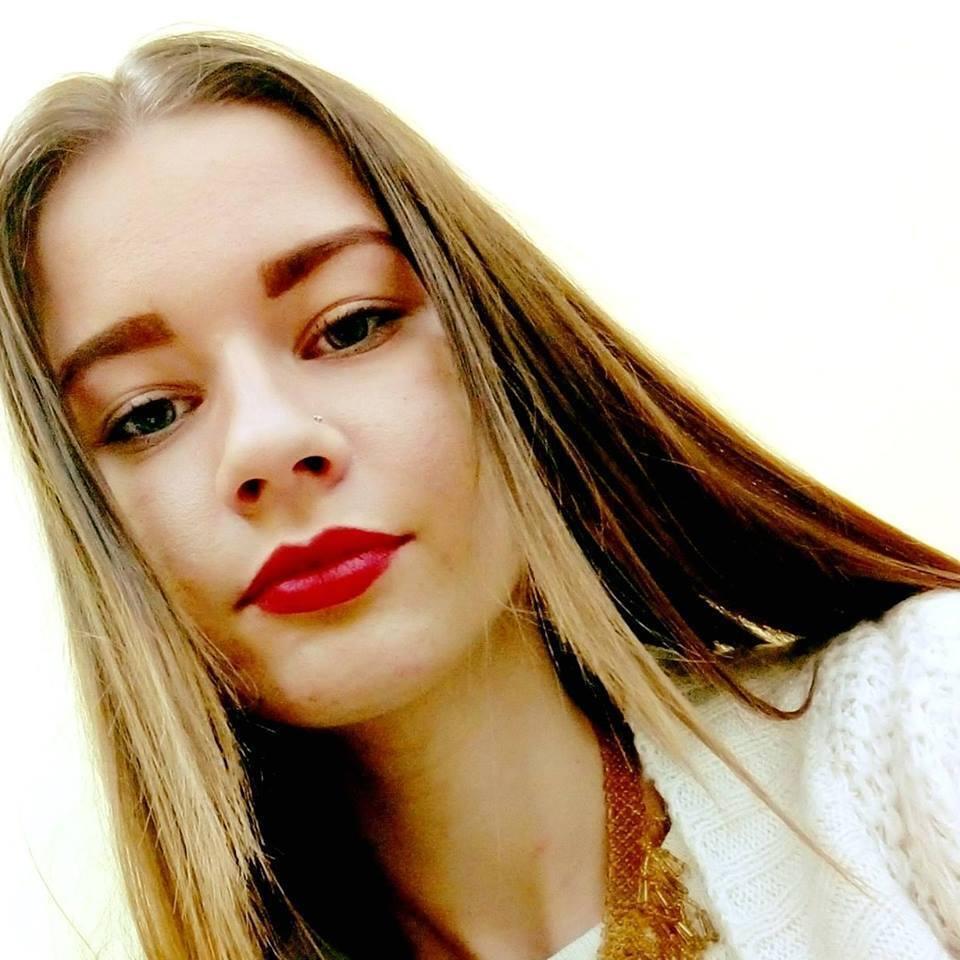 Аня Груздева искала работу юриста