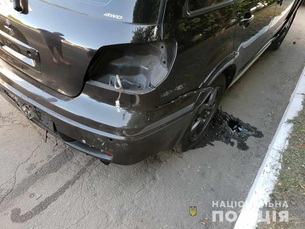 Взорвалась задняя часть автомобиля