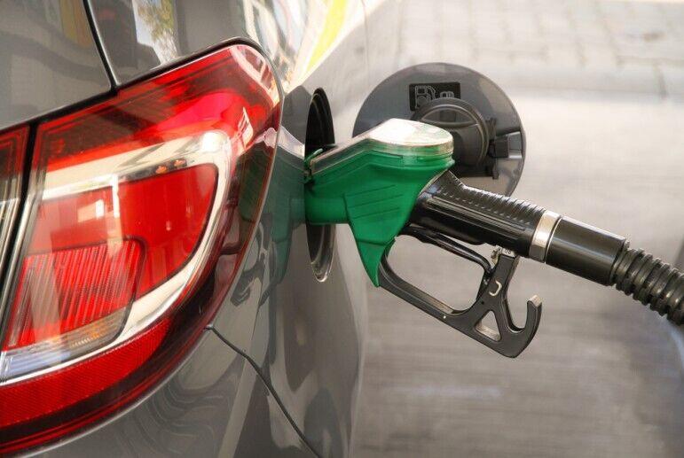 В Україні знизяться ціни на бензин: коли і на скільки