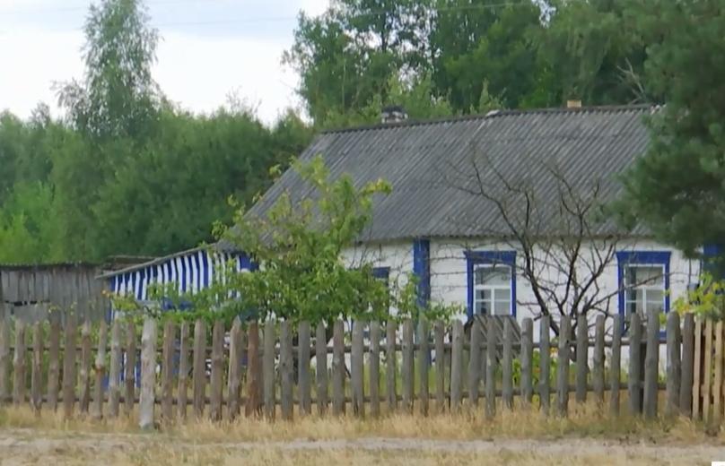 У цьому будинку проживала Анна з родичами