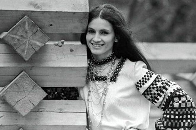Софії Ротару – 72: як змінювалася популярна співачка