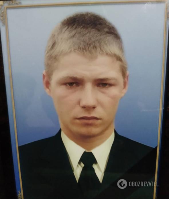 18-річний Олександр Олійник
