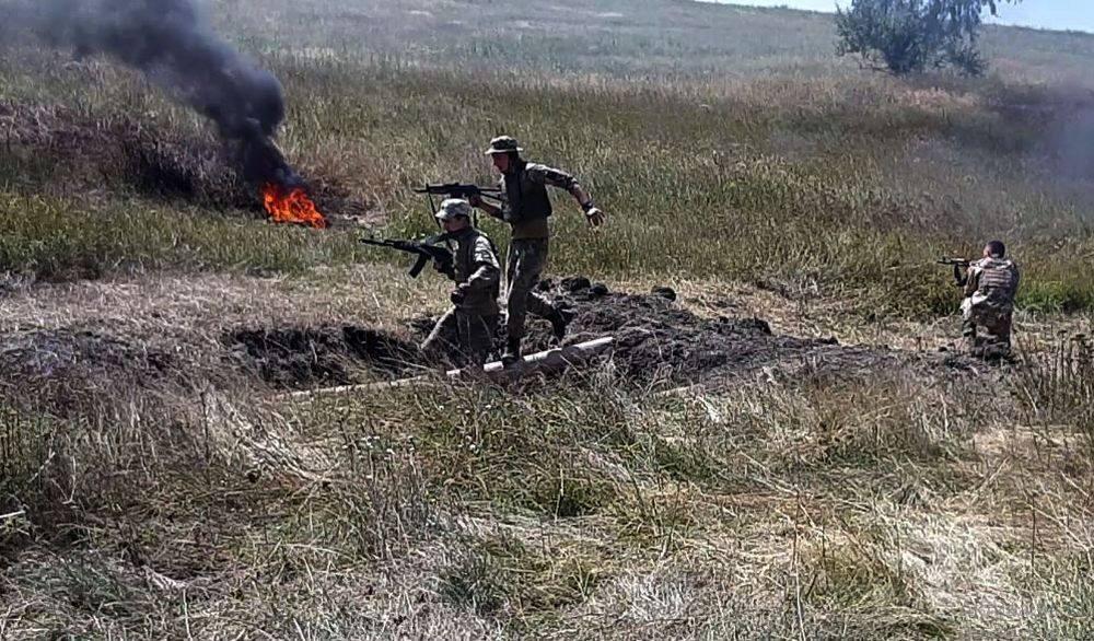 Ситуація в зоні ООС на Донбасі залишається напруженою