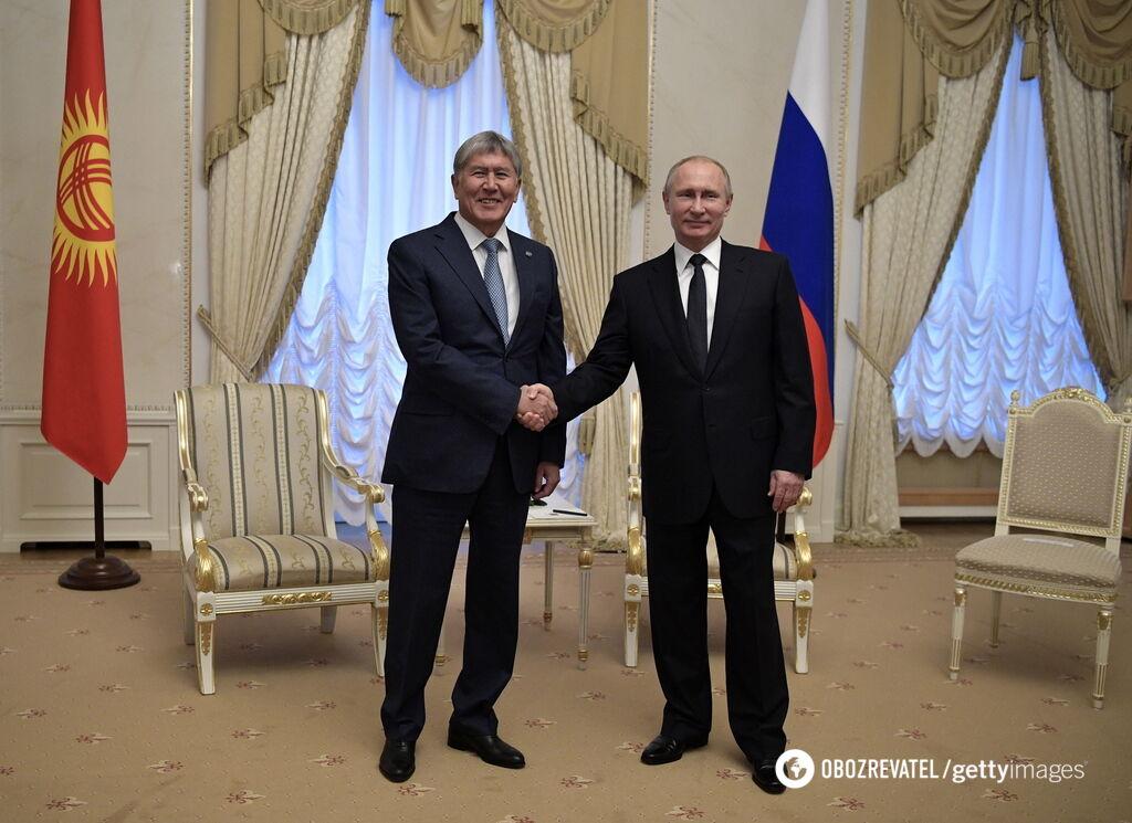 Алмазбек Атамбаєв та Володимир Путін