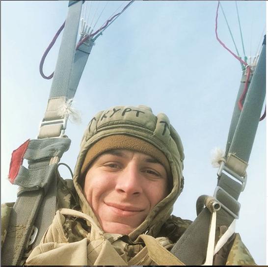 Василь Курдов, перший стрибок із парашутом