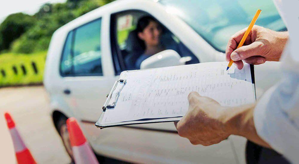 Экзамен по вождению в Украине подорожает