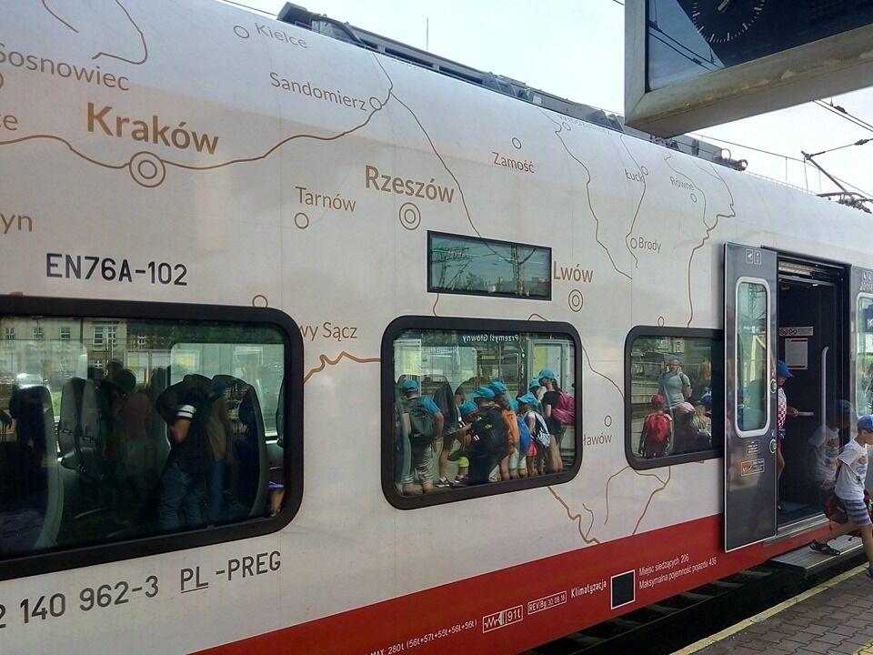 Скандальна карта зі Львовом і Рівне в складі Польщі