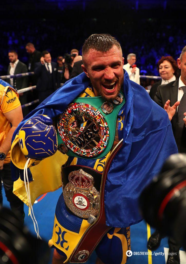 Ломаченко переміг в яскравому бою з нокдауном, завоювавши третій чемпіонський титул