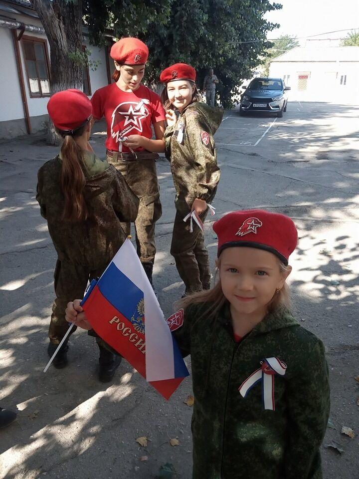Окупанти готують дітей в Криму до війни