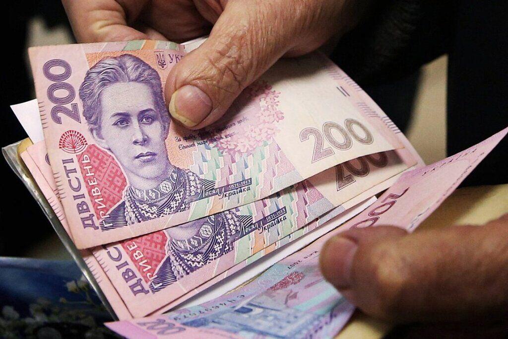 Украинцам дважды повысят пенсии: когда
