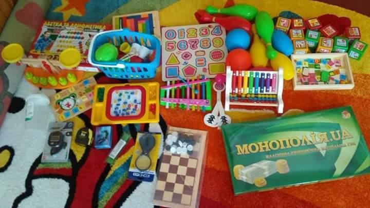 Дітям видали китайські іграшки за ціною найдорожчих