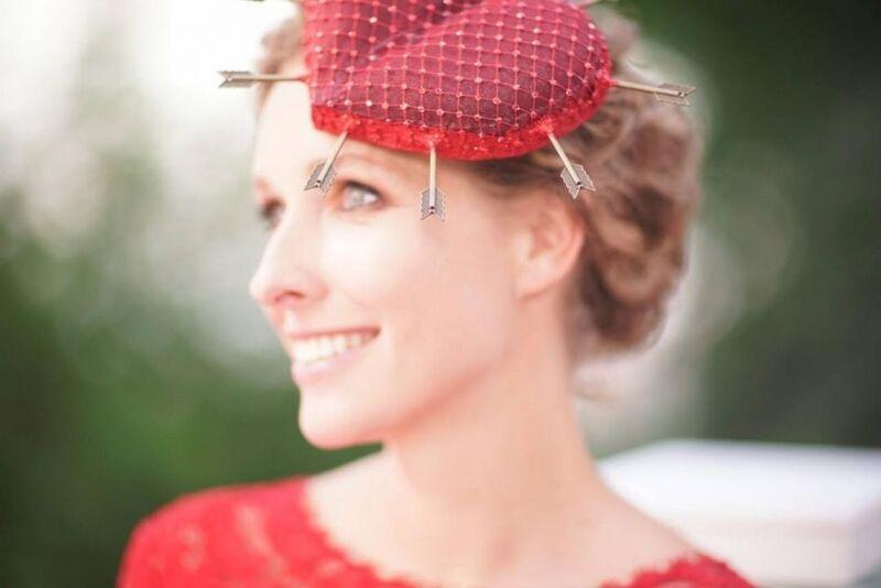 Осадча святкує день народження: найнезвичайніші капелюшки телеведучої