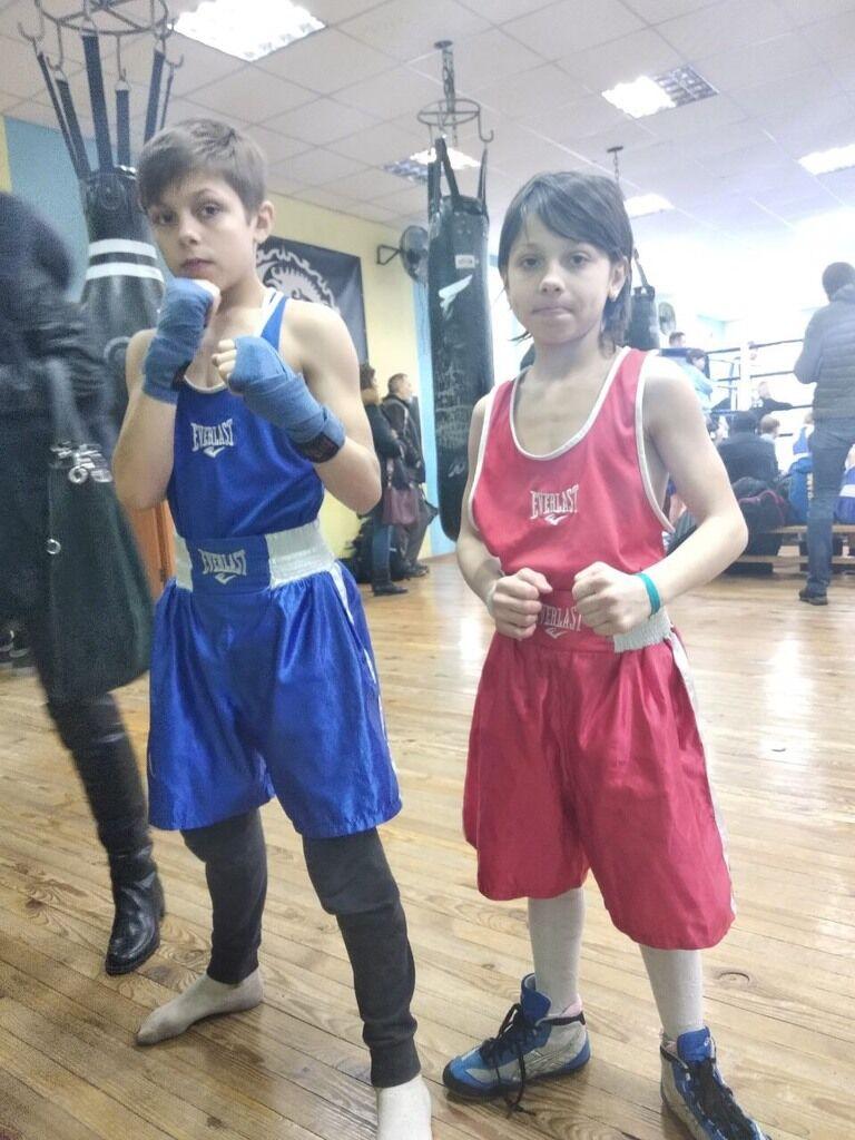Лера (справа) и Жора во время тренировки