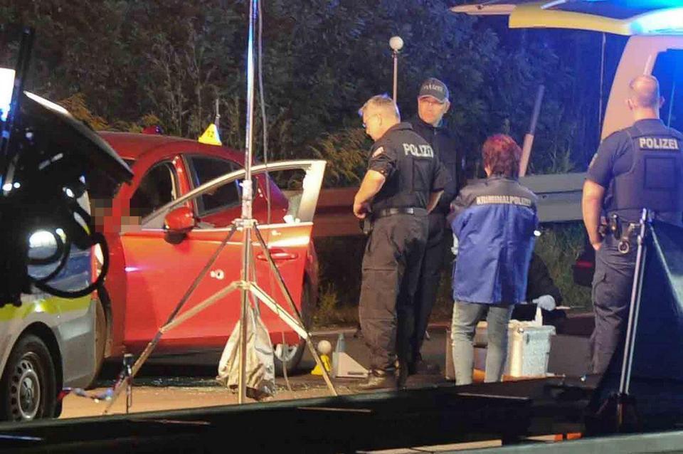 На місці розстрілу у Німеччині працюють поліцейські