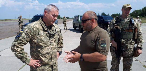 Дмитро Ярош і Сергій Наєв, перший командувач ООС