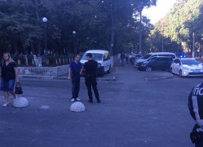 В Одесі велосипедист зніс на ходу дитину з інвалідністю