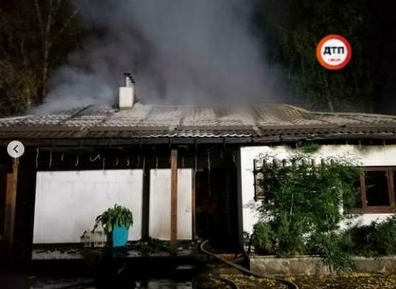 Будинок згорів практично повністю