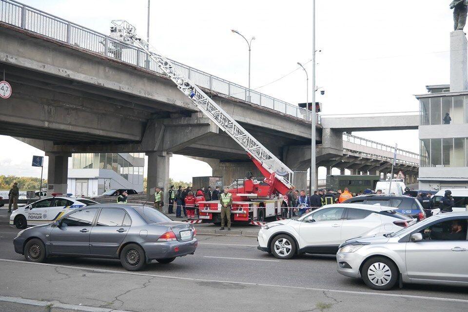 """""""Террориста"""" с моста задержали: как это было"""