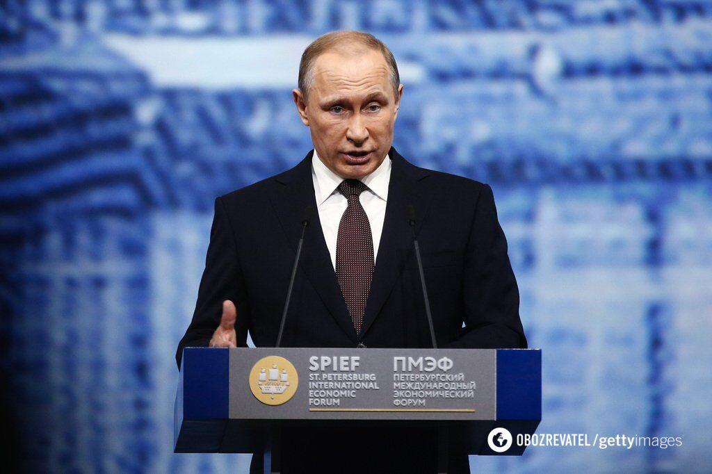 Рейтинг Владимира Путина падает
