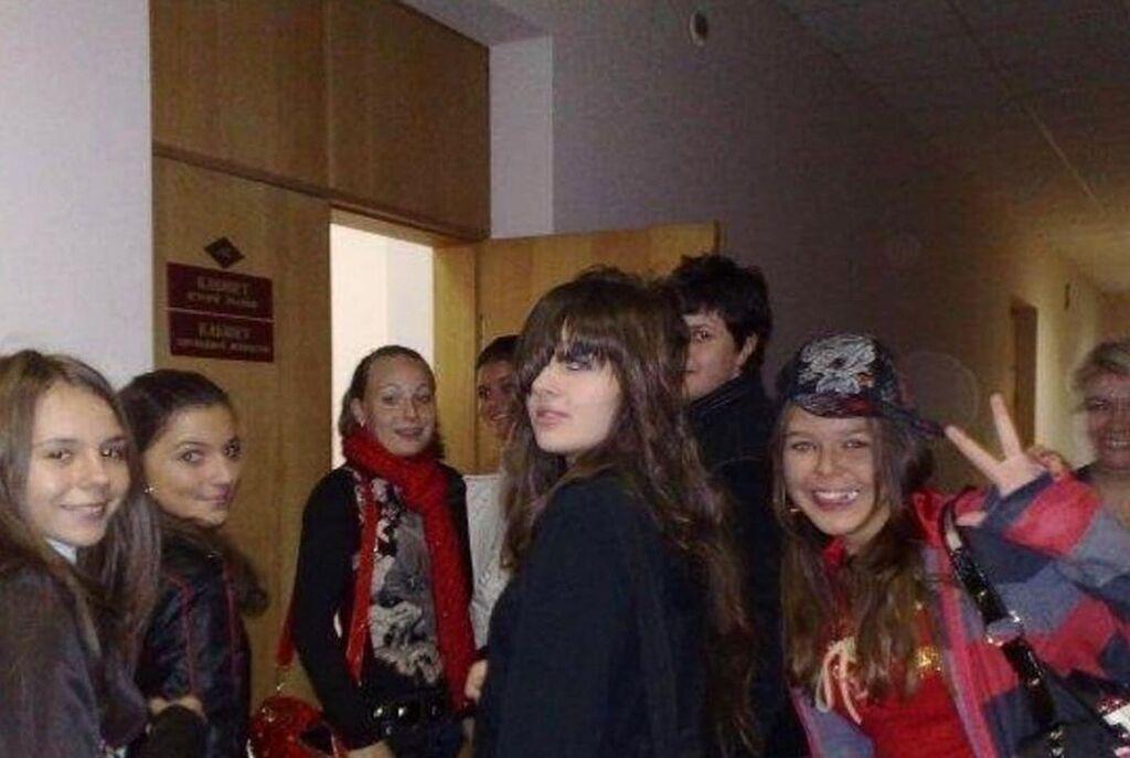 Как выглядели российские и украинские звезды в школе