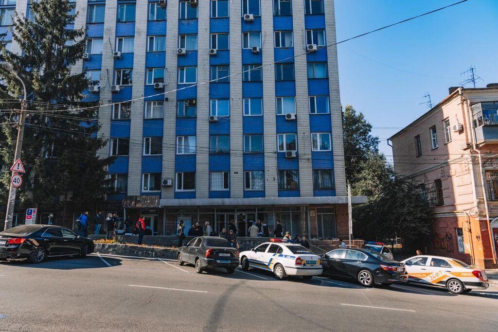 У центрі Дніпра замінували офіс