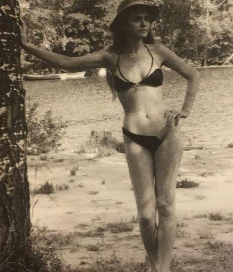 Сумська показала архівне фото в бікіні: як змінилася актриса