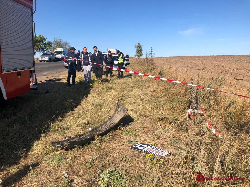 Под Одессой произошло жуткое ДТП с маршруткой: 9 погибших. Фото, видео