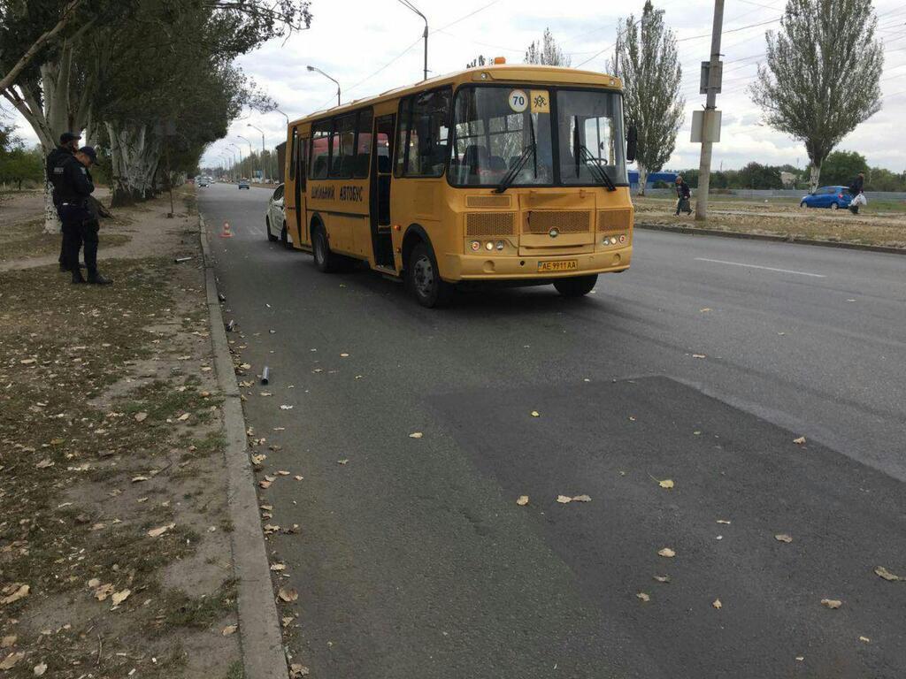 У Дніпрі чоловік потрапив під колеса автобуса
